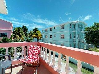 Beautiful, beachfront condo w/ shared pool, views, dock, & beach access!