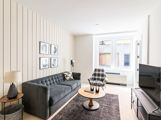 Expansive 3BR at Wall Street Floor #6 by Sonder