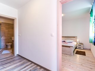 Cozy apartment in the center of Medulin with Parking, Internet, Washing machine,