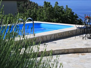 Cozy villa in Promajna with Parking, Internet, Washing machine, Air conditioning