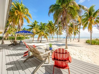 NEW LISTING! Relaxing, waterfront retreat w/boat dock & amazing ocean views