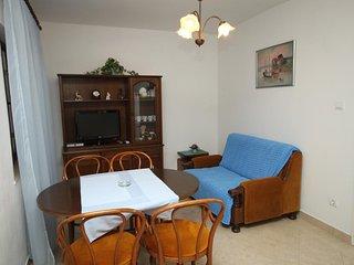 Two bedroom apartment Podgora (Makarska) (A-6779-b)