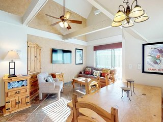 Comfortable ski-in/ski-out condo with shared pool, hot tub, & gym!