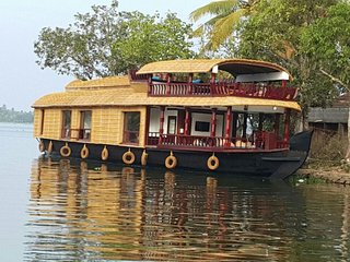 'why not' traditional premium houseboat...