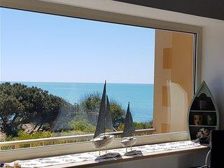Sitting on the beach: Appartamento sulla spiaggia di Punta Secca