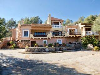 Espectacular casa con PISCINA cercana a Esporlas y Valldemossa
