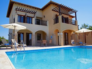 Aphrodite Hills 2 Bedroom Villa - Myrofora