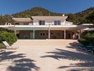 weisse Villa fur 6 Personen ab 275€/Tag mit Meersicht