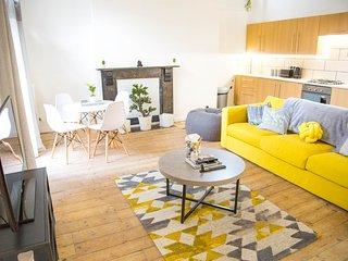 Cosmos Apartment in Hackney