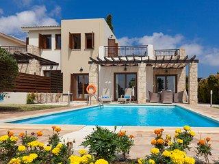 Aphrodite Hills 2 Bedroom Villa - Efimia,