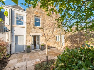 Dauphin Hill House - Beautifully renovated historic house in central St Andrews