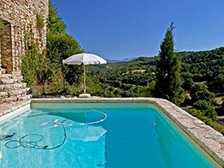 La villa du Tilleul à Oppedette, gîte d'exception dans le Luberon piscine