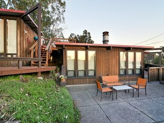 Spectacular Four Bedroom Rustic Home with Unbeatable Outdoor Spaces and Views