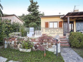 Three-room Villetta Bel Giardino - Villetta Bel Giardino with equipped outdoor a