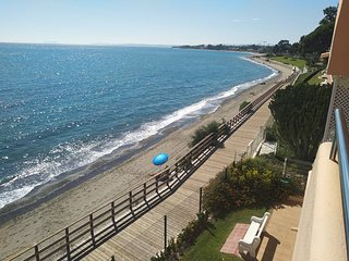 Casa Cachita Estepona - Apartamento en primera línea de playa