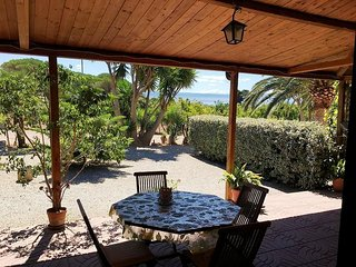 Romantic cottage, very close to the best beaches