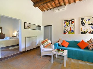 3 bedroom Umbrian villa with pool