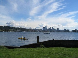Lago Vista Casa ★ Mins from Lake Union ★ Sleeps 6!