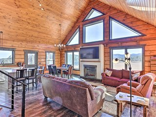 NEW! Cabin w/Black Hills Views-Mins to Mt Rushmore