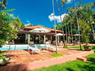 Exuberant Golf View 6 Bedroom Villa in Casa de Campo