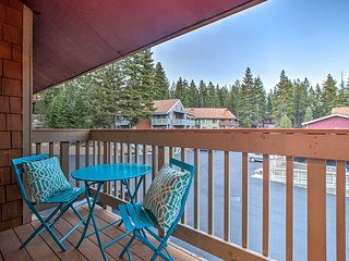 NEW! Mammoth Lakes Condo - Walk to Village Gondola