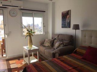 Modern Studio,stunning views,equipped,spotless