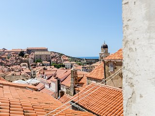 Cozy apartment in the center of Dubrovnik with Internet, Washing machine, Air co
