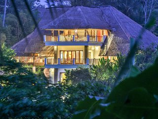 Luxurious 4BDR Valley Villa With Pool in Ubud