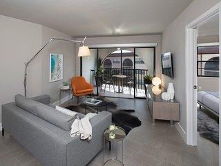 !!Penthouse G504 *Waterfront Penthouse a Romantic, Luxury Escape*