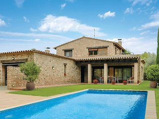 4 bedroom Villa in Peratallada, Catalonia, Spain : ref 5741204