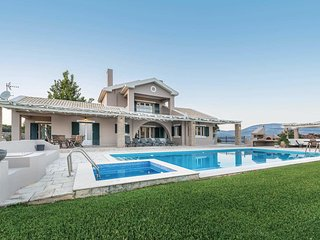 3 bedroom Villa with Pool, Air Con and WiFi - 5741220