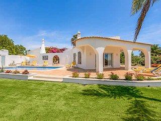 3 bedroom Villa in Carvoeiro, Faro, Portugal - 5741304