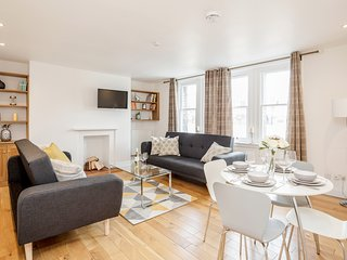 Great Mayfair Apartment, Sleeps 6