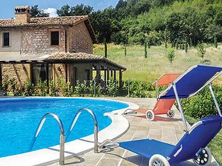 4 bedroom Villa in Palazzata, The Marches, Italy - 5741324