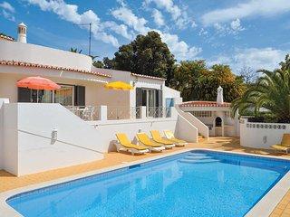 3 bedroom Villa in Rocha Brava, Faro, Portugal : ref 5741327