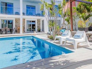 4 bedroom Villa in Madalena do Mar, Portugal - 5741256