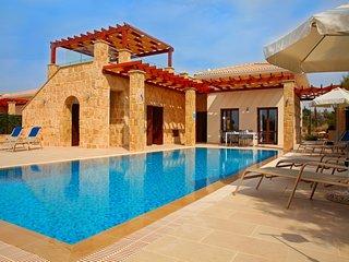 Aphrodite Hills 3 Bedroom Villa - Zena