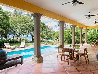 Casa Buena Vida (House and Casita) - Cozy Home just steps from Playa Rosada!