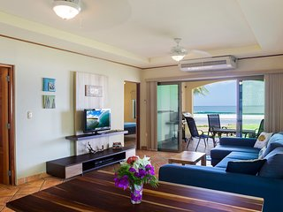 Bella Villa A-6: Beachfront Condo