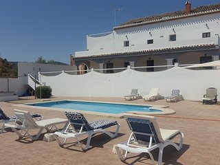 Beautiful Spacious Country House in Iznajar with Private Pool and free WIFI