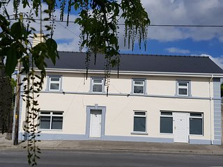Co. Galway Aparthotell