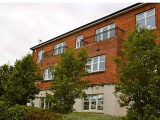 Mill Valley Apartment 4* Luxury Accommodation