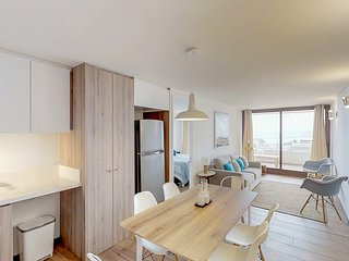 Luminoso departamento frente a la playa - Bright front Beach apartment