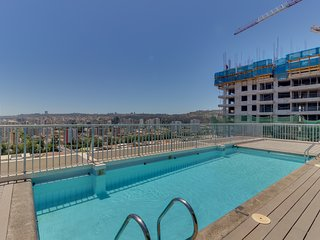 Departamento familiar c/ balcon y piscina - Family Apartment w/ balcony and pool