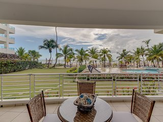 NEW LISTING! Contemporary, waterfront condo w/ shared pool and easy beach access