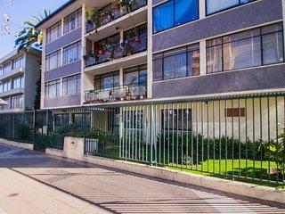 Amplio departamento c/ fantastica ubicacion - Spacious apt w/ fantastic location
