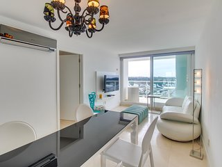 Lujoso apto c/espectaculares vistas - Lavish condo w/incredible views