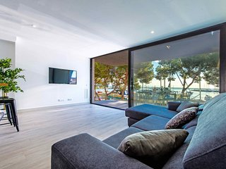 MARINA. modern flat for 6 persons