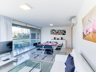 Moderno apto c/ sauna y piscina compartidos- Modern apt w/ shared pool and sauna