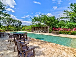 Stunning, dog-friendly villa with shared pool - perfect for large groups!